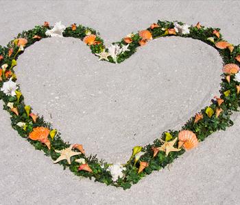 UD-heart-wreath