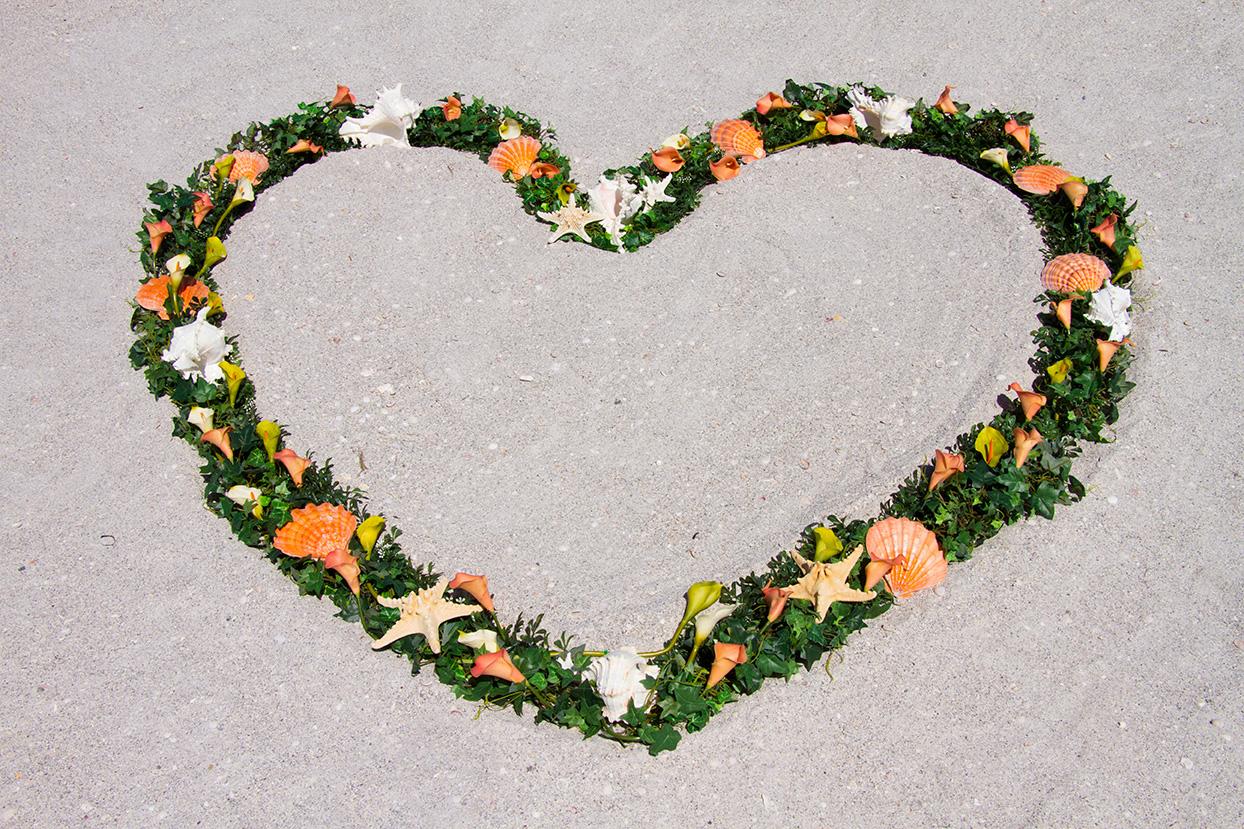 Unbelieve a Deal Heart Wreath Altar